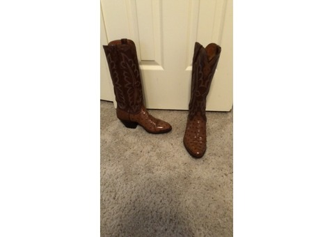 Lucchese ostrich boots in women's 9N