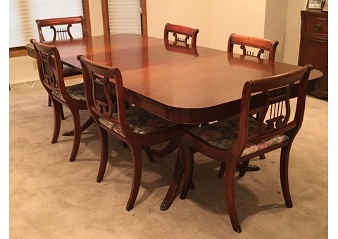 Vintage Duncan Phyfe Style Diningroom Table and Lyre Backed Chairs