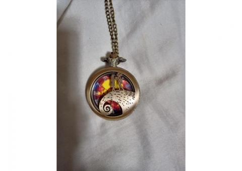 new nightmare before xmas pocket watch works great! NEW!